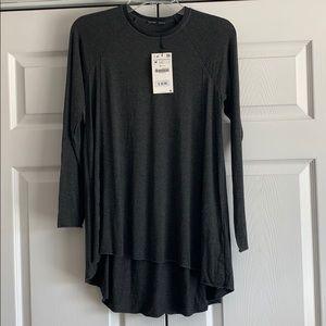 NWT Zara Long Sleeved Knit Top - Medium 😎🥰